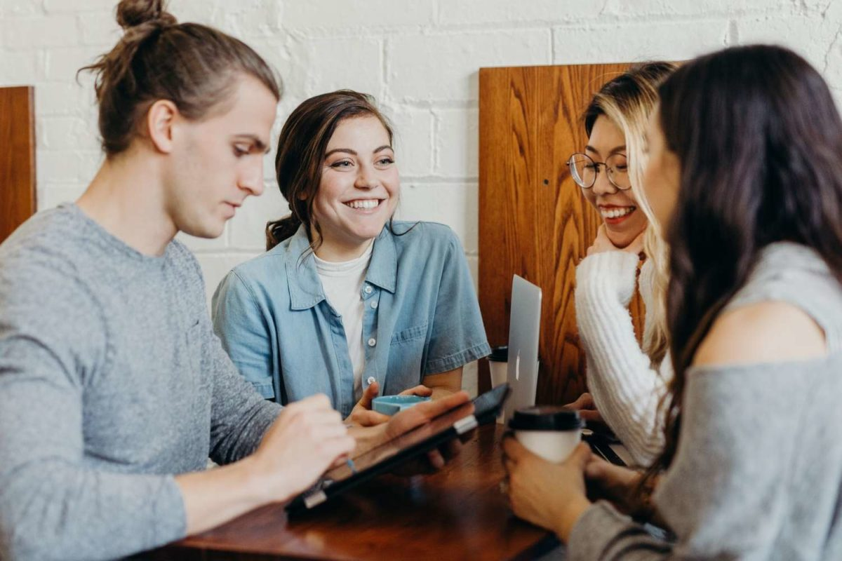 İşletme terimleri ara sıra kafa karıştırıcı olabilir. Fakat öğrenmelisiniz çünkü sohbet sırasında işletme terimleri gündeme geldiğinde yabancı kalmazsınız.